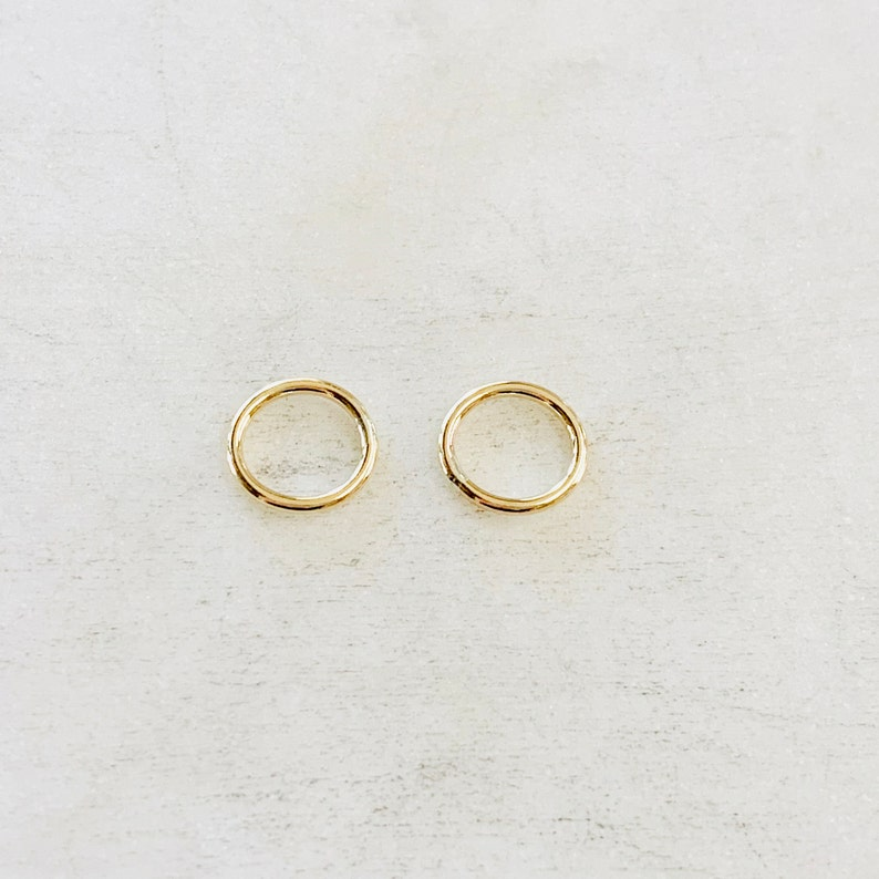 2 Pieces 8.5mm Shiny Gold  Smooth Connector Ring Open Circle image 0