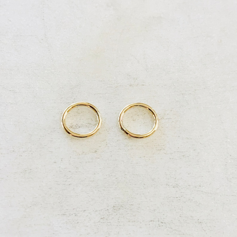 2 Pieces 8.5mm Shiny Gold  Smooth Connector Ring Open Circle image 1