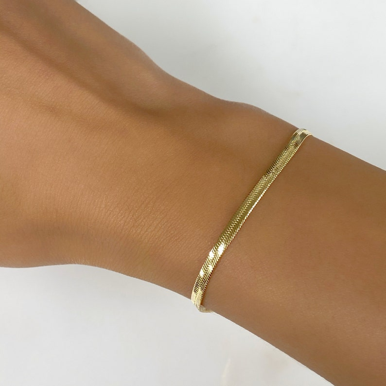 Ready to Wear 18kt Gold Filled 3mm Herringbone Bracelet image 0