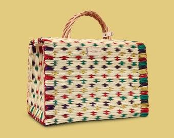 VITÓRIA Traditional Portuguese Basket Bag. Market, summer, picnics or home decor jute natural straw tote. Organic rattan woven wicker bag.