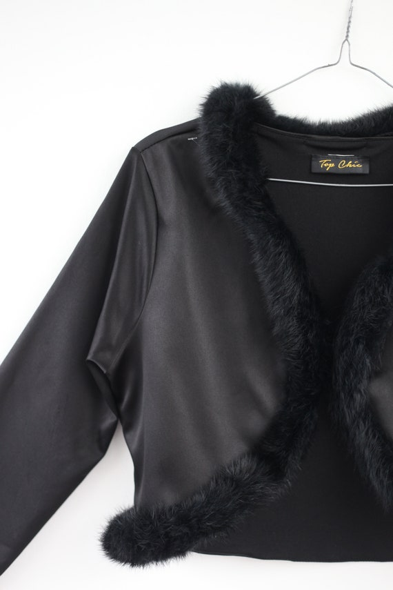 AMAZING cropped shiny 90s jacket with fur collar … - image 3