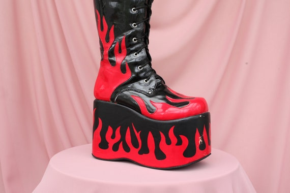90'S CLUBKID MEGA PLATFORMS / Flame boots / Size 3