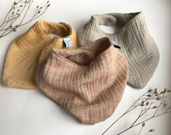 Triangle scarf, spitting cloth, neck scarf made of organic muslin for baby and toddlers