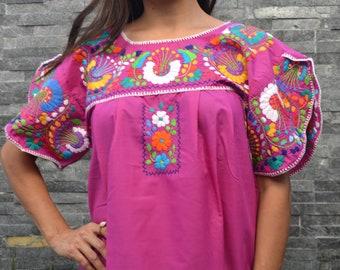 Black Huipil Chiapas Blouse ~ Flower Shirt ~ Mexican Shirt ~ Ethnic Floral Shirt ~ Womens Shirt ~ Boho ~ Embroidered Shirt ~ Handmade Shirt