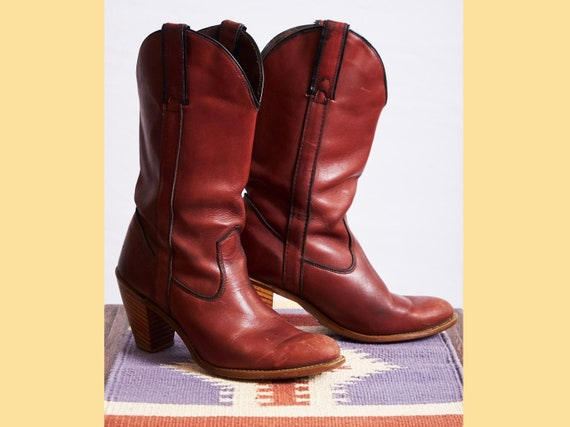 Vintage 80s heeled leather boots cowboy capezio bo
