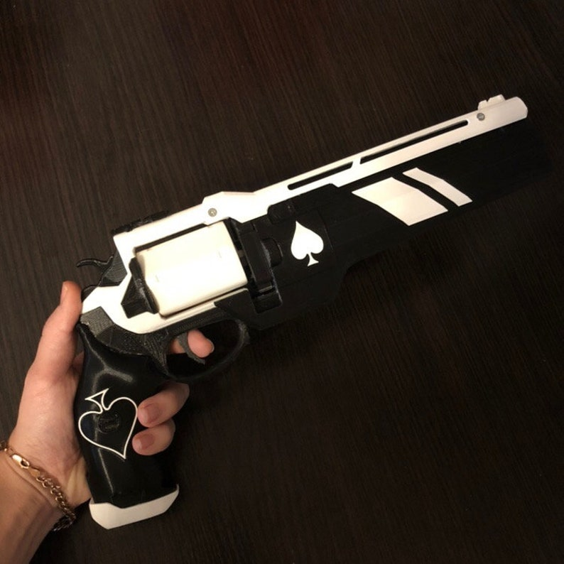 0f26e7a2fcc Ace of Spades Hand Cannon Destiny 2 Destiny Replica