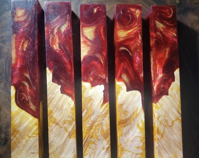 Dye stabilized hybrid pen blanks