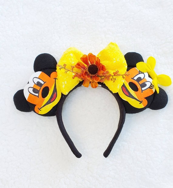 ORDER ONLY babymoo0~MICKEY /& MINNIE MOUSE~HAPPY HALLOWEEN~CANDY CORN~ WREATH