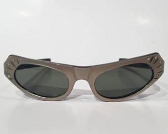 Vintage 50s Cat Eye Rhinestones Sunglasses, NOS, 60s American Optical True Color #CN70 Taupe Cateye Sunglasses, Cateye Rockabilly Sunglasses