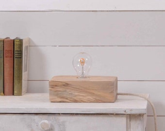Edison wooden lamp with nice beech wood
