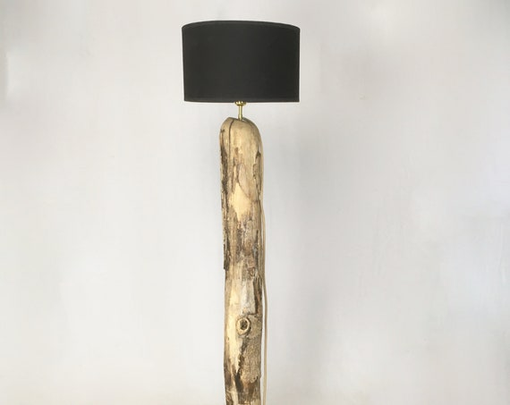 Driftwood floor lamp with black lampshade and jute cable