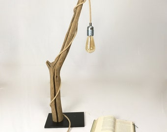 Driftwood table lamp, rope cable and edison bulb