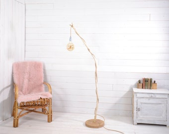Floor lamp with natural wood design