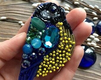 Brooch - bird blue-yellow.