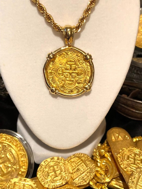 Pendant Spain 2 Escudos Gold 22kt Jewelry Coin Shipwreck Etsy