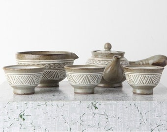 Handmade Korean Comb-Pattern Buncheong Tea Set for 3 with Gift Box, Kyusu, Teapot, Gong Fu Tea