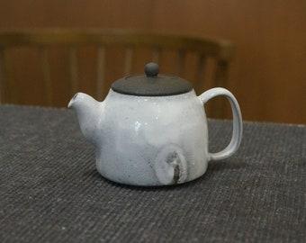 Handmade Korean Dumbung Buncheong (덤벙 분청) Ceramic Teapot