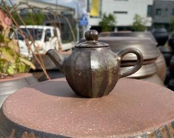 Handmade Wood-Fired Korean Onggi Ceramic Tea Pot, Natural Glaze, Gong Fu Cha, Tea Ceremony