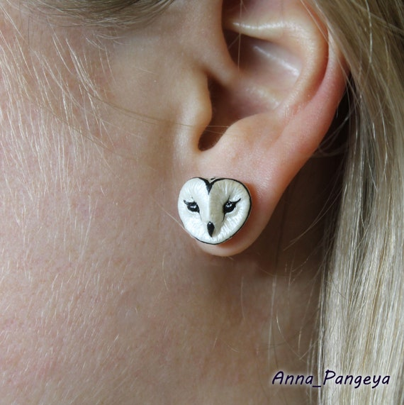 Stud earrings with white owl