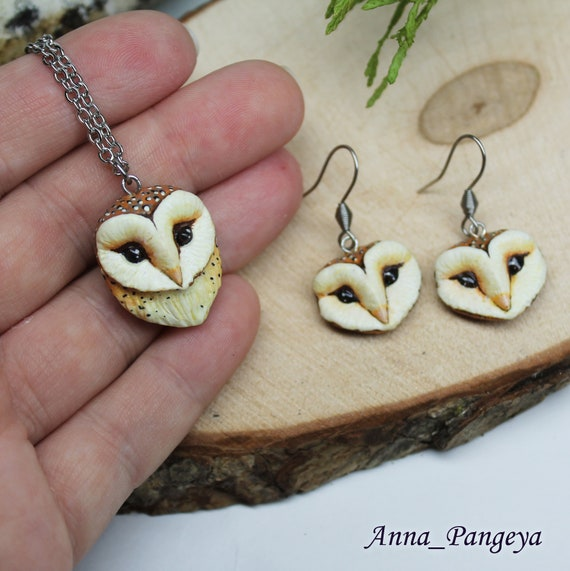 Necklace and earrings with owls. Owls jewellery