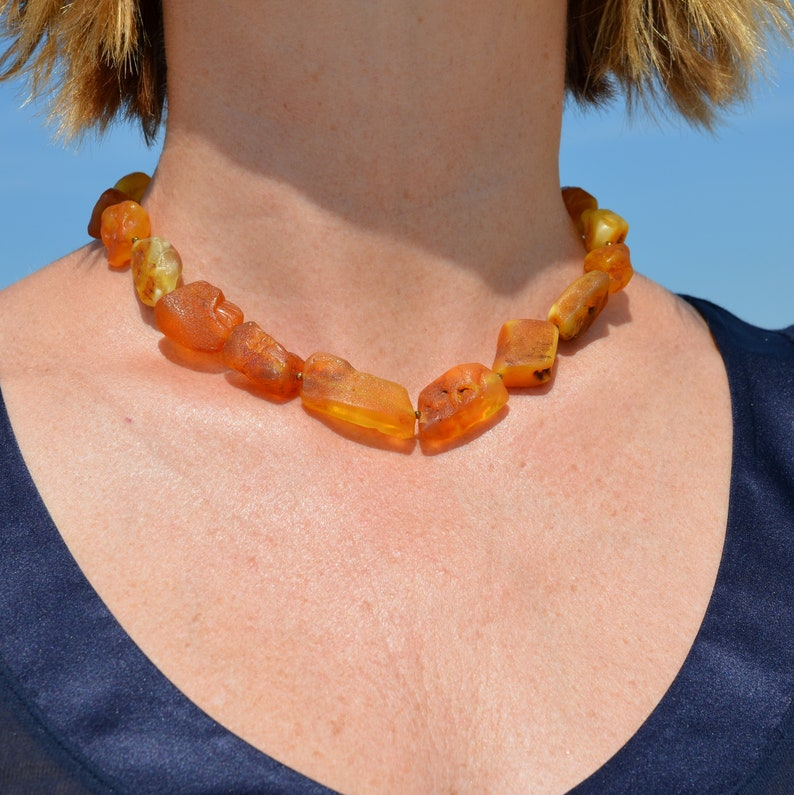 healing jewelry rohbernstein kette gift idea for woman Raw Baltic amber necklace amber necklace for migraines