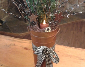 Tin Pip Berry Pine Candle Holder