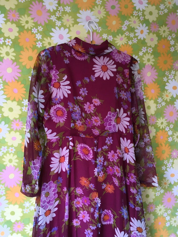 Gorgeous 70's Floral Maxi Dress