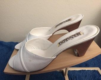 41ad4328386 1970s bernardo womans sandals