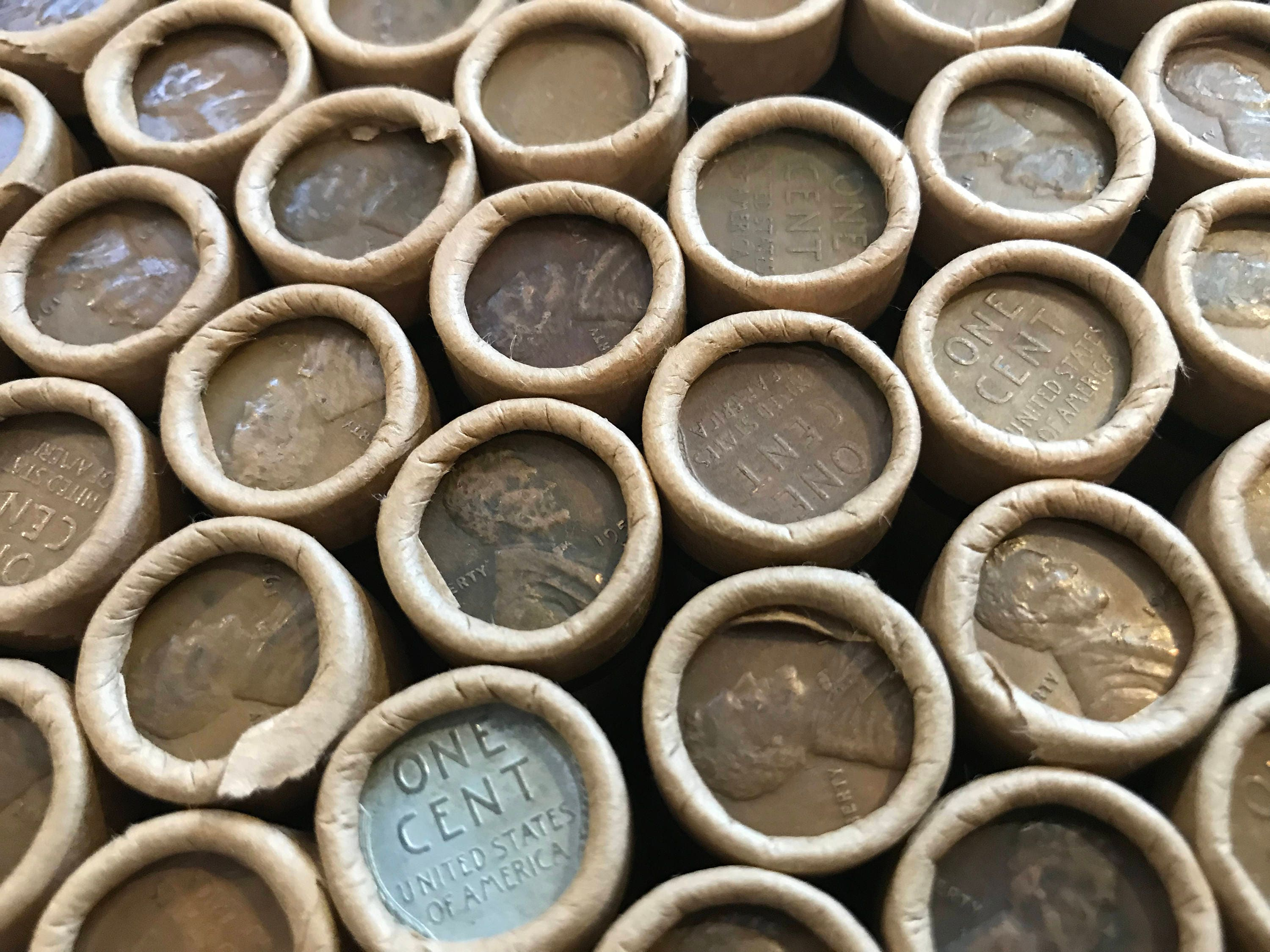 WHEAT PENNY ROLL LINCOLN CENT UNSORTED VINTAGE ESTATE BANK ROLL!