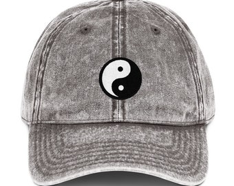 Yin and Yang Symbol Adjustable Classic Mesh Trucker Cap Caps Hat Hats Black Wht