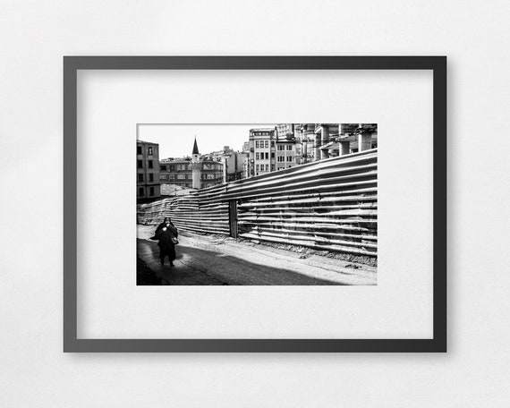 Fine art print - A veiled woman walking to Taksim square - unframed