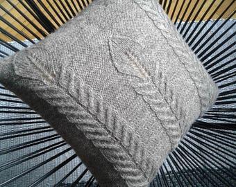 Decorative Pillow, Knit Pillow Cover, Home Decor, Handmade, Pillow 16 x 16 inch