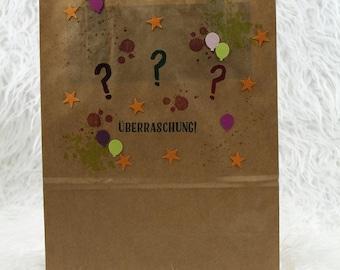 Surprise bag Mixed medium