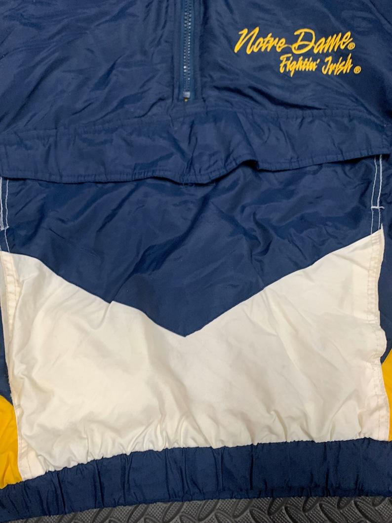 Vintage 90s Logo 7 Notre Dame University Fighting Irish Kangaroo Pullover Winter coat with collapsible hood