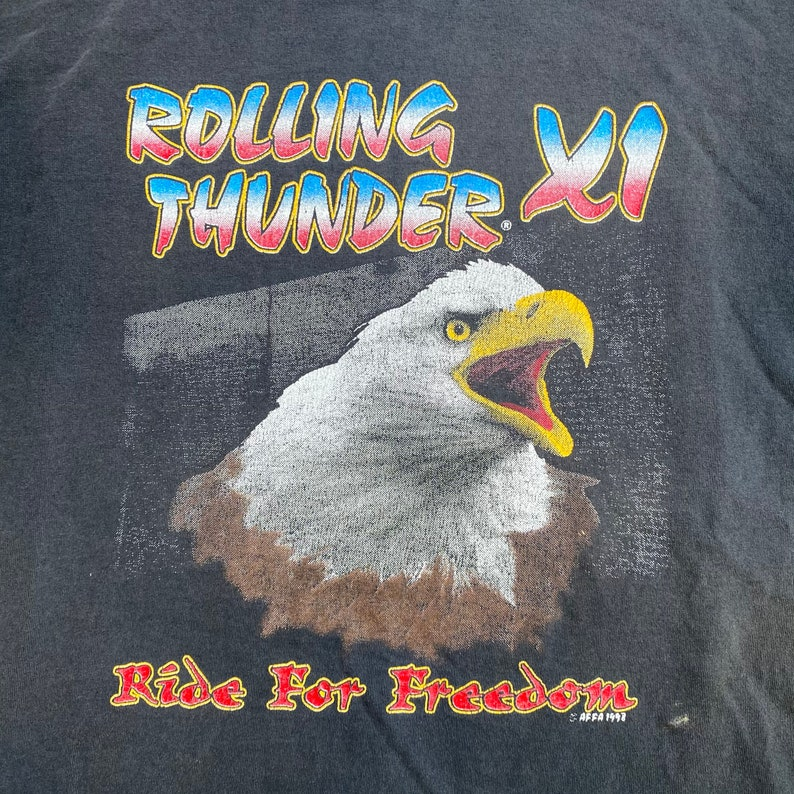 Vintage Rolling Thunder Armed Forces POW Prisoners Of War Eagle Graphic T-shirt
