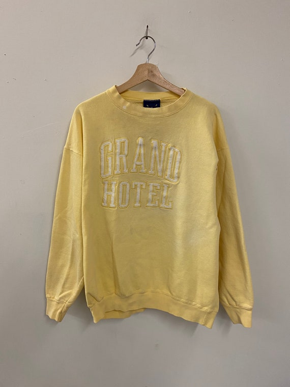 Vintage 90s Grand Hotel crewneck sweater