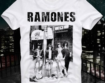 Ramones Punk Rock CBGB OMFUG Club New York Johnny Joey Dee Dee Cult Retro Vintage T Shirt Tee