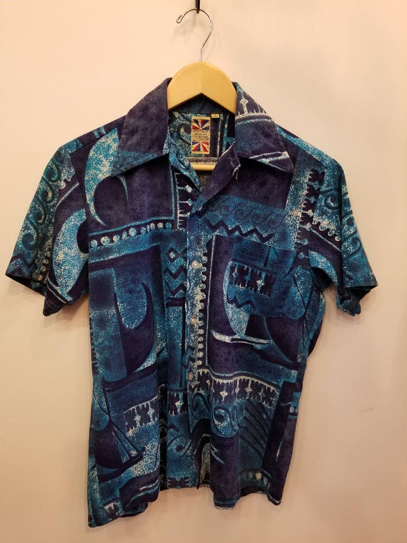 Vintage Hawaiian Shirt // Spectrum Hawaiian Collec