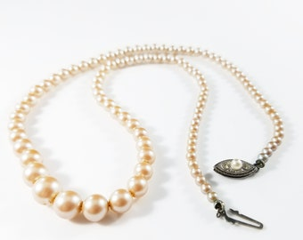 c0a2223eb6d1f Faux pearls choker | Etsy