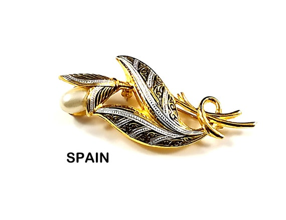 Damascene Pearl and metal Brooch marked Spain