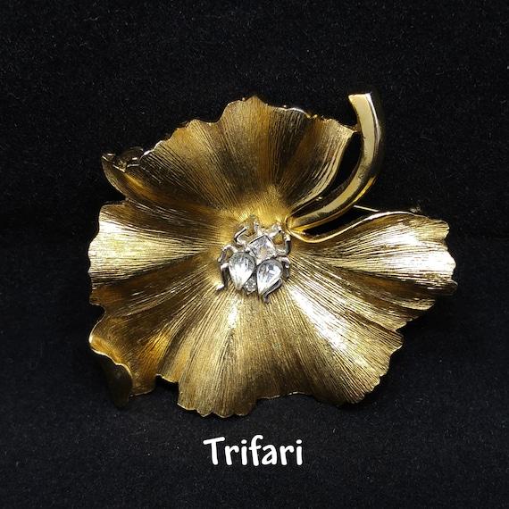 Crown Trifari Leaf & Bug Brooch, Gold Plated, 1950