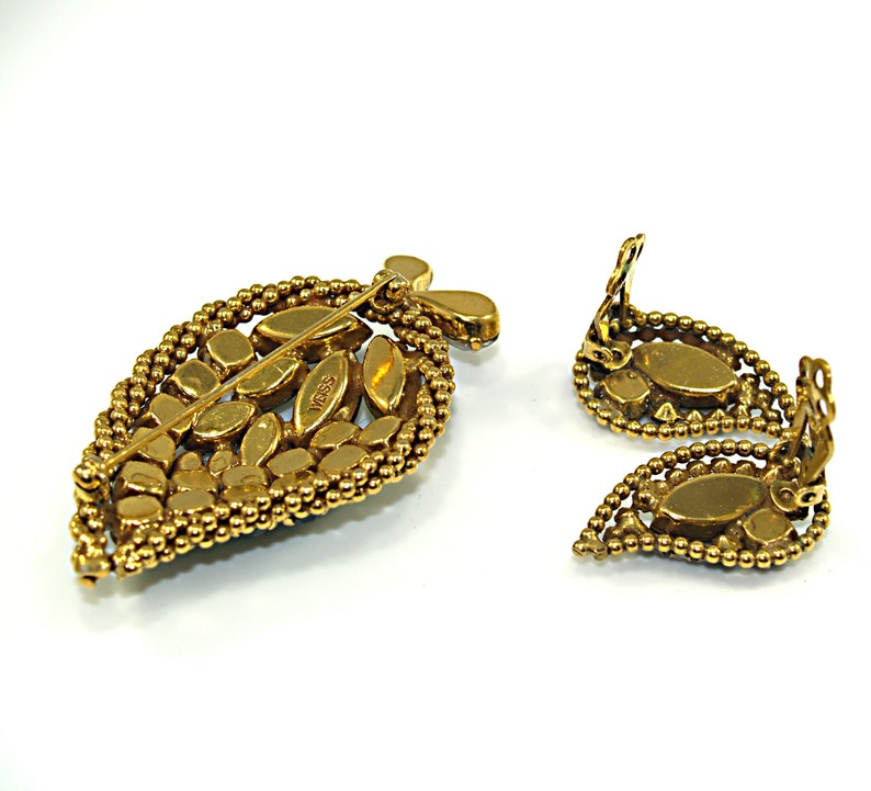 Weiss Green /& Vitrail Rhinestone Leaf Brooch Matching Earrings Set Demi-Parure Gold Plated Rope Edge Marquise Teardrop Chaton Rhinestones