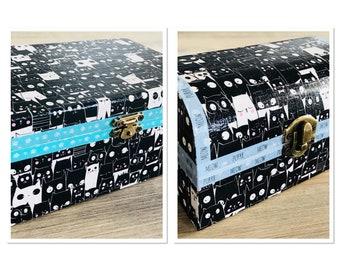 Black and white cartoon cats - treats and trinket box