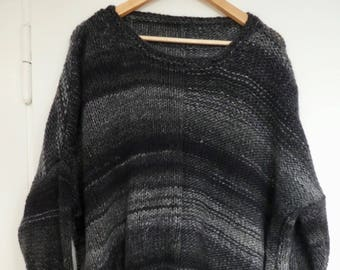 Casual sweater made of a wool mix