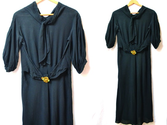 Gatsby black silk dress, original 30s, puffed slee
