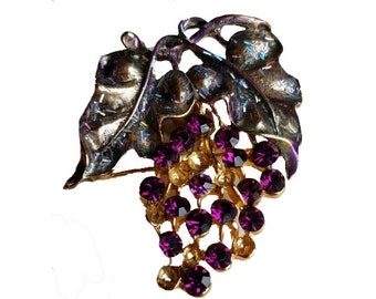 Purple Grape Brooch - Rhinestone Camillot pin, brooch bouquet, purple wedding, gift for wine lover, gift for vintner