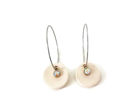 White, Earrings, Round Earrings, Essential Oil Diffuser Earrings, Essential Oil Included, Minimalist, Simple, Chic, Elegant, Geometric