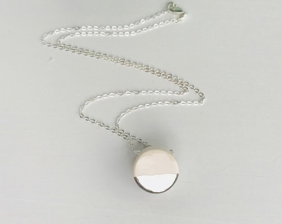 White Gold Dip Diffuser Necklace