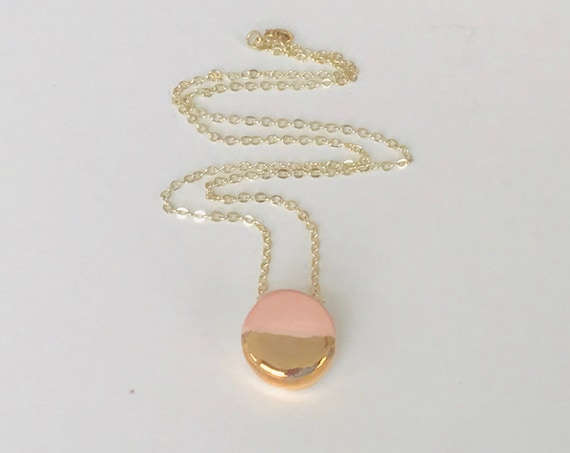Golden Blush Diffuser Necklace