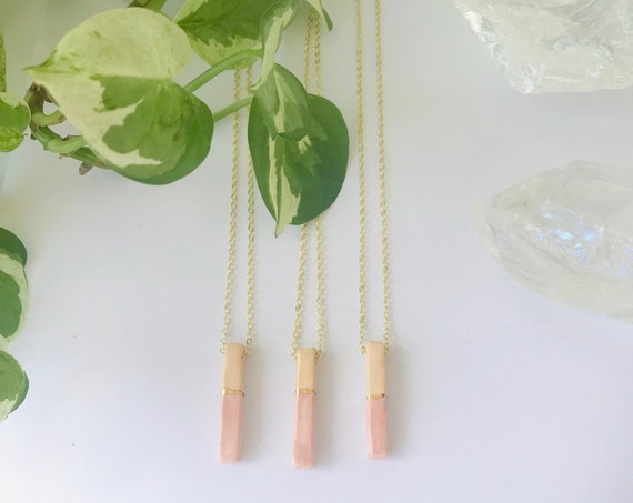 Golden Bar Horizon Diffuser Necklace